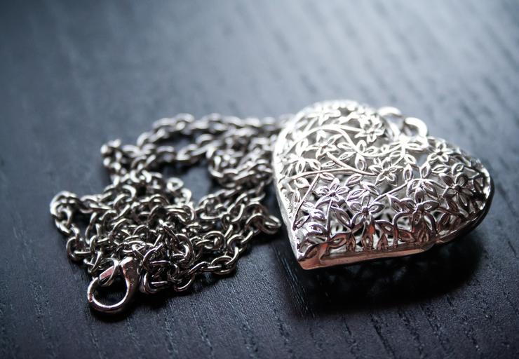 Strieborná retiazka, srdce, šperk.jpg