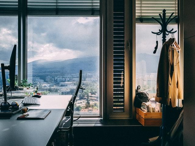 kancelária s výhľadom